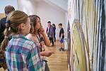 Výstava v Galerii města: malby, plastiky i objekty.