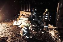 Lampion štěstí zapálil dům, evakuovat museli 18 lidí
