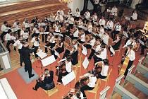 VÝROČÍ HANKOVA DOMU připomene v pátek večer slavnostní koncert. Zahraje na něm Novoměstský orchestr ZUŠ.
