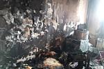 Požár v bytě v Horním Starém Městě zničil jednu místnost.