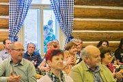 V úpické Dřevěnce se slavilo obnovení naučné stezky.
