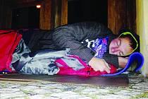 Z redaktora bezdomovcem: Déšť, vítr a zima