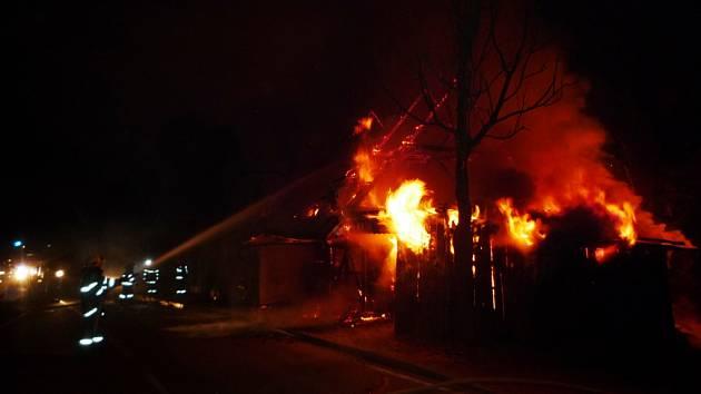 V centru Jablonce nad Jizerou hořel domek