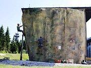 Na Černé hoře roste nejvýše položená horolezecká stěna