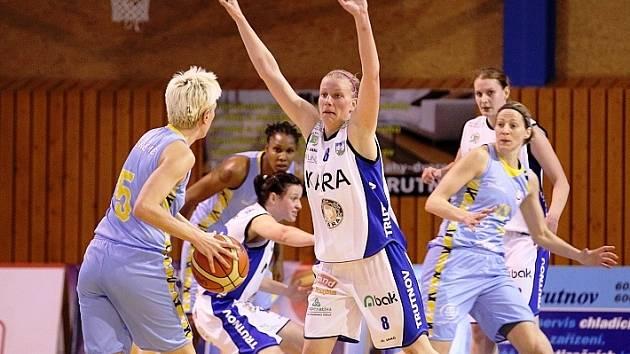 Kara Trutnov - USK Praha