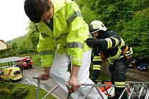 Cvičná akce hasičů v trutnovské nemocnici