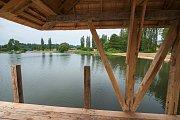 Ve Vrchlabí dokončili úpravy areálu přírodní vodní plochy v lokalitě Vejsplachy.