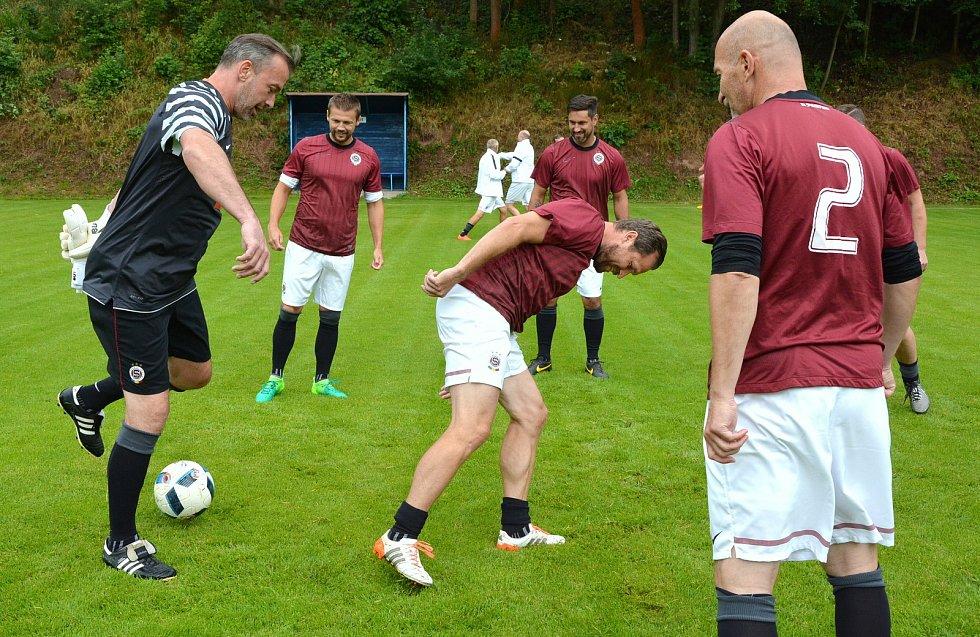 Internacionálové zpestřili oslavy 70 let fotbalu v Libštátě.