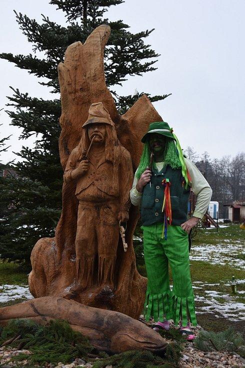 JAROSLAV DUFEK je havlovickou vodnickou legendou. Obci díky nezaměnitelnému humoru i vystupování dělá obrovskou propagaci. Nyní Havlovice zdobí jeho socha v životní velikosti.