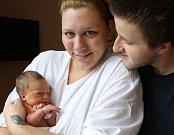 SOFIA STAŇKOVÁ se narodila 29. srpna ve 3.20 hodin v trutnovské porodnici rodičům Barboře a Milanovi. Vážila 2,96 kg a měřila 49 cm. Domov má v Trutnově.