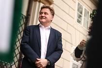 Starosta Vrchlabí Jan Sobotka suverénně postoupil do 2. kola senátních voleb na Trutnovsku a má šanci získat plnohodnotný šestiletý mandát senátora. V doplňujících volbách v roce 2018 byl zvolen pouze na dva roky.