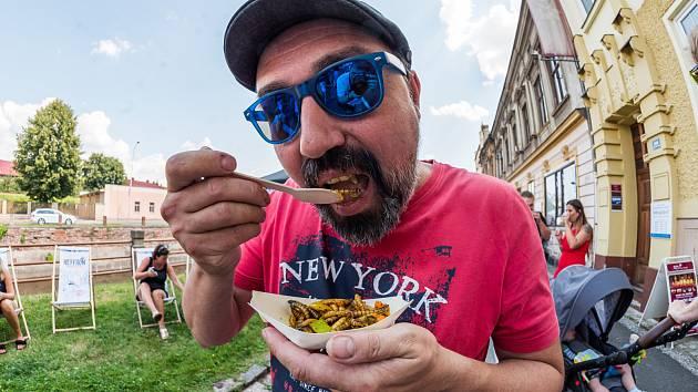 O první ročník trutnovského street food pikniku byl velký zájem.