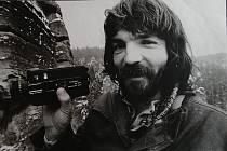 Příští čtvrtek bude mít premiéru filmový  dokument o Miroslavu Šmídovi, výjimečné osobnosti horolezectví a průkopníkovi paraglidingu v Československu.