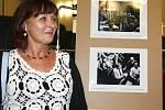 """Jarmila Šepsová z Vrchlabí strávila nezapomenutelné dva měsíce na natáčení filmu Hoří, má panenko. """"Pro Vrchlabí to bylo něco mimořádného,"""" líčí."""