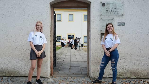 Setkání studentských samospráv ČR v Hostinném se konalo pod vedením Studentského parlamentu Krkonošského gymnázia a SOŠ.