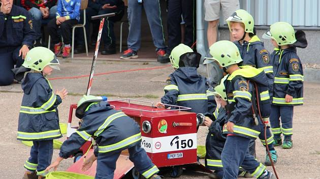 Hajničtí hasiči oslavili sedmdesáté výročí založení sboru