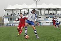 Fotbalisté vrchlabské rezervy si poslední zápas podzimu užili náramně. Kopidlnu nasázeli půltucet branek.