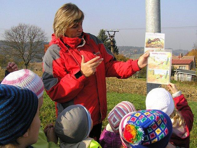 Malé děti zábavnou a hravou formou poznávaly přírodu