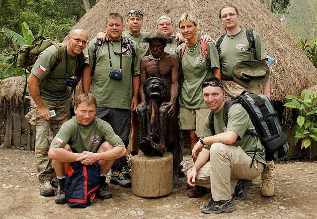 Česká expedice Papua - všichni účastníci