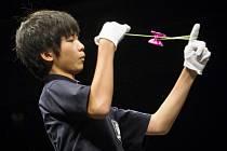 YOYO MŮŽE BÝT jen občasnou zábavou i klasickým sportem. Přes dvě desítky let se mistrovství světa konalo v USA, poprvé mimo americké území zavítalo v roce 2014 do Prahy.