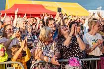 Den obce je největší událostí ve Vítězné. Letos se konal po roční pauze vynucené covidem v sobotu za obrovského zájmu návštěvníků. Přilákal jich asi tři tisíce.