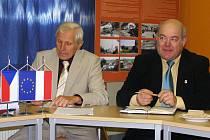 Jiří Vancl - vlevo