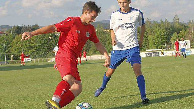 OKRESNÍ DERBY se hrálo na vrchlabském stadionu, kde domácí rezerva porazila Úpici 1:0 trefou Finka ze 78. minuty.