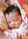 TEREZKA HNÍZDILOVÁ se narodila 13. června v 3.05 hodin Věře a Milanovi. Vážila 3,45 kilogramu a měřila 50 centimetrů. Doma v Hostinném už čeká i bráška Milánek.