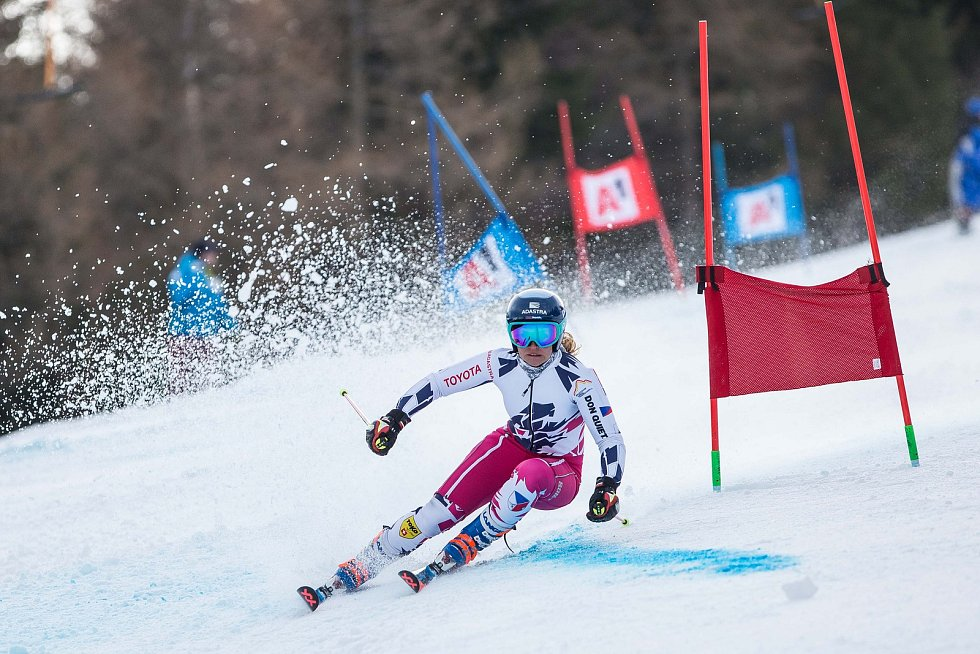 Tereza Kmochová a Světový pohár v lyžování ve Špindlerově Mlýně.
