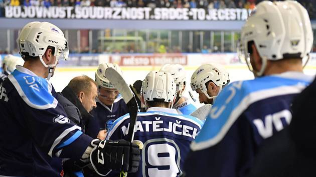 Vrchlabští hokejisté vyzvou soupeře z Kolína.