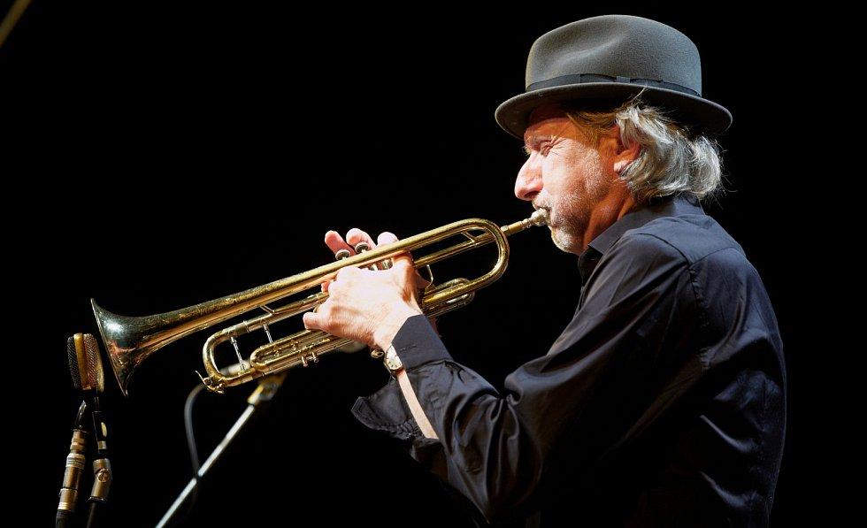 Trumpetista Erik Truffaz v Trutnově