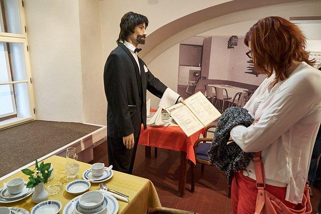 Z vernisáže výstavy Trutnovské hospody, restaurace a vinárny.
