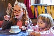 Férová snídaně v trutnovské kafírně ve Spojenecké.