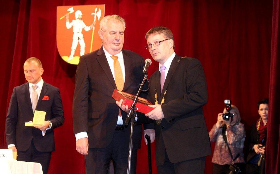 Prezident Zeman v Lomnici nad Popelkou