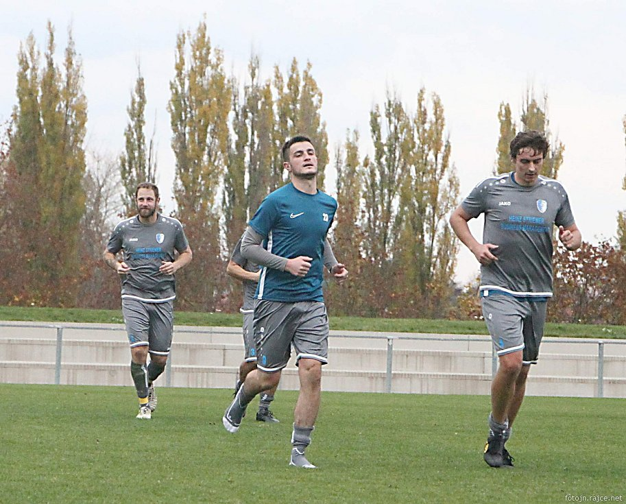 Vrchlabští fotbalisté na domácím trávníku přehráli soupeře z Jičína výsledkem 2:0.