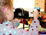 Oční kouzelníci bojují se šilháním. Jsou jediní v republice
