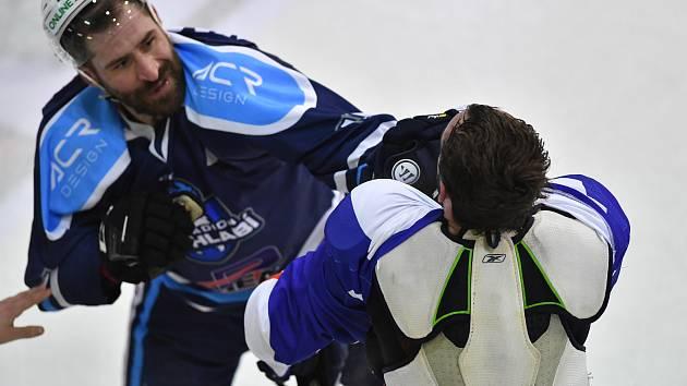 Vrchlabští hokejisté v prvním duelu semifinálové série nestačili na Kolín.