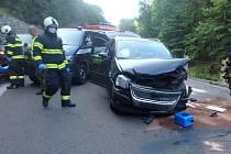 Ve Velké Úpě došlo ke střetu tří vozidel poté, co řidička Škody Octavia zřejmě usnula za volantem.