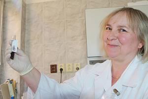 Eva Vítová, primářka oddělení lékařské mikrobiologie a imunologie trutnovské nemocnice.