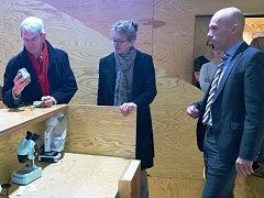 Norská velvyslankyně si přijela prohlédnout podpořené projekty