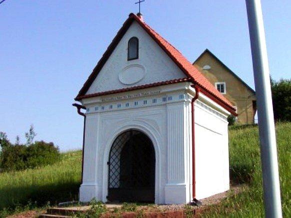 Kaple Svaté rodiny v Trutnově - Volanově