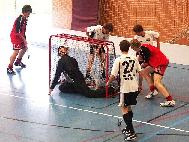 Florbalový turnaj v Semilech: O pohár města 2009