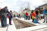 Slavnostní otevření opraveného náměstí Míru ve Vrchlabí.