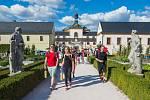 OBDIVOVANÝ KUKS. Barokní skvost mezi Jaroměří a Dvorem Králové patří k nejvyhledávanějším turistickým cílům.