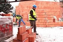 REKONSTRUKCE  Pavilonu lidoopů začala loni v prosinci, termín dokončení je v červenci.