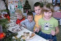 Vánoční expozice svátečních předmětů byla k vidění také v žacléřské Mateřské škole Na Pilíři.