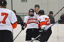 Turnovští hokejisté v domácím prostředí potvrdili roli favorita.