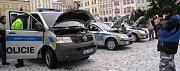 Policie představila veřejnosti nová policejní auta