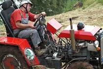 Den sportu ve Vítězné - traktoriáda