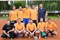 VICEMISTŘI. Hráči Turnova na 63. ročník Volejbalové Dřevěnice možná nikdy nezapomenou. Druhé místo se totiž řadí mezi vůbec největší úspěchy dosavadní klubové historie.